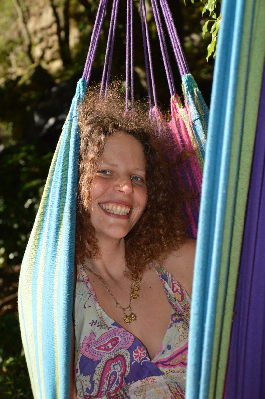 Zoé in the hamac